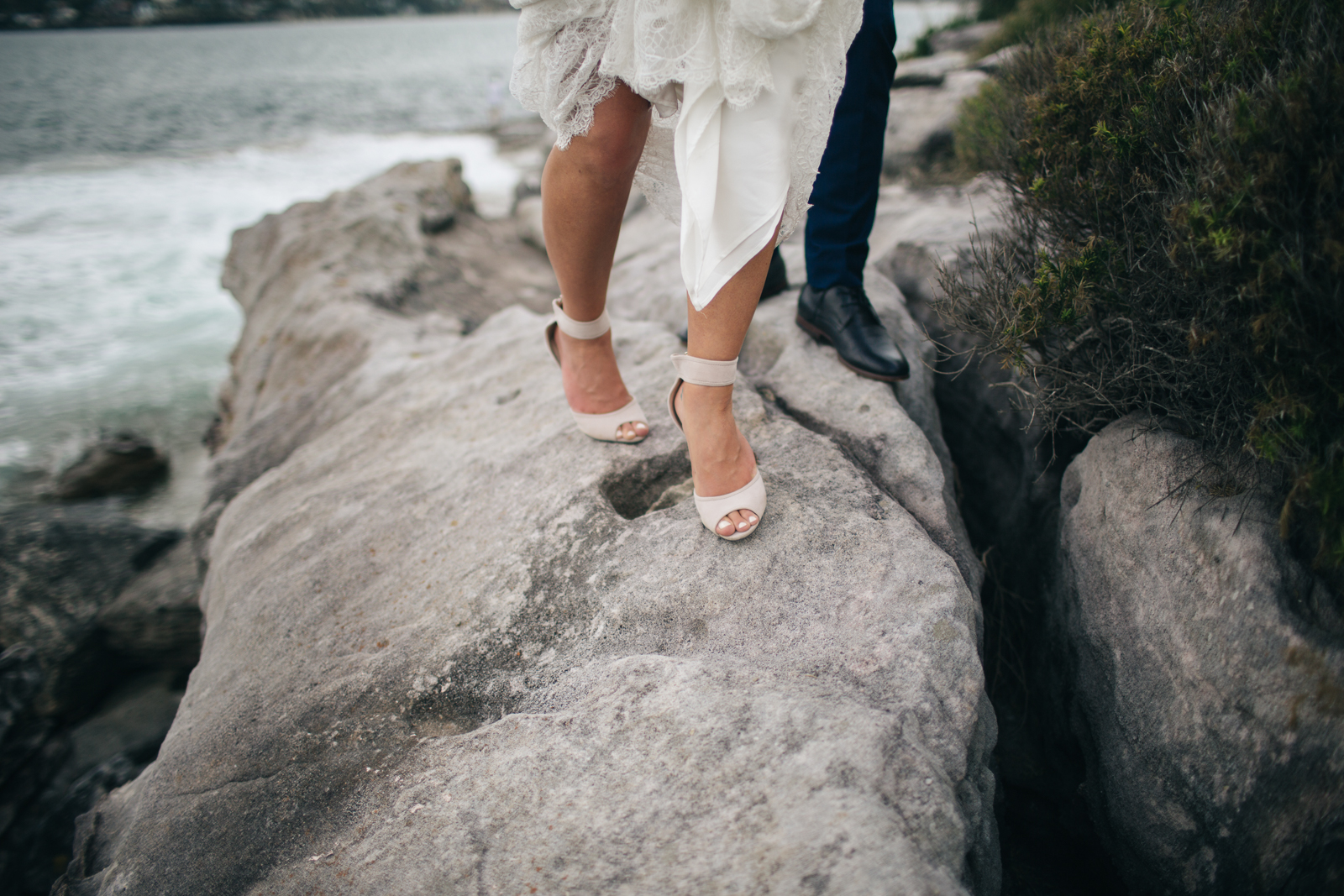 100willow_and_wolf_ali_will_cronulla_wedding_portraits-571822