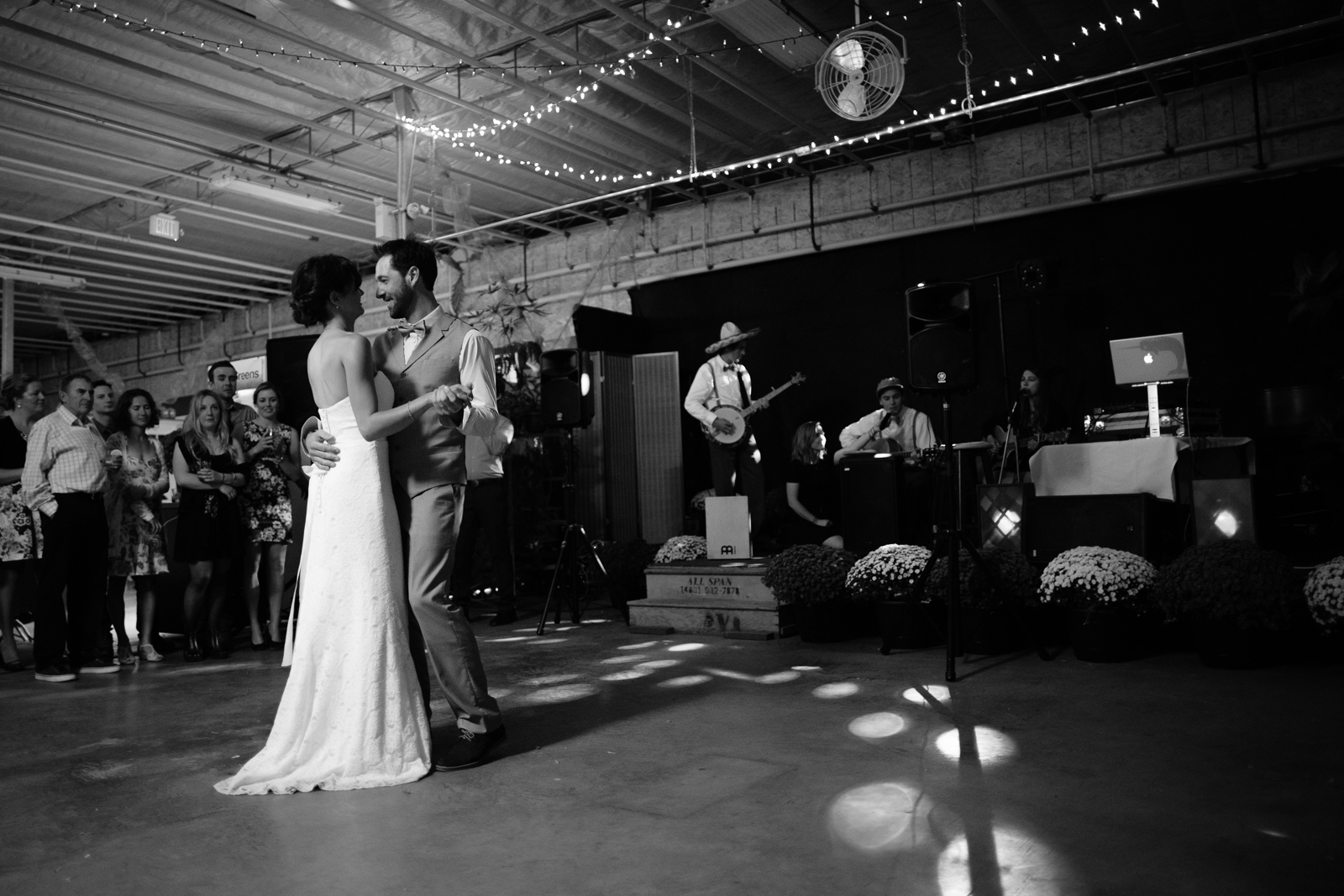 125Willow_and_wolf_Calgary_Wedding Photography-122-38Andrew_Pavlidis_Photography_Silene_and_Sacha_Canmore_Wedding-6009
