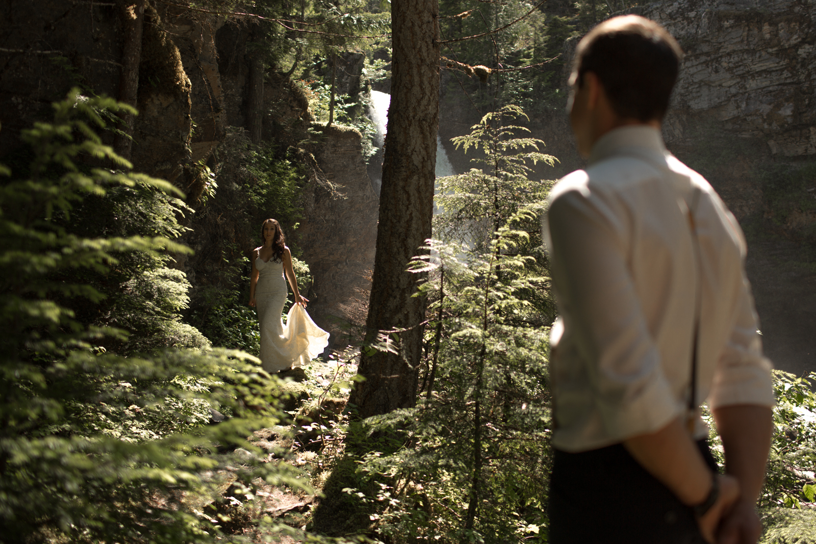 33Andrew_Pavlidis_Photography_Jess_and_Tristan_Revelstoke_Elopement_Calgary_Wedding_Photographer-8189