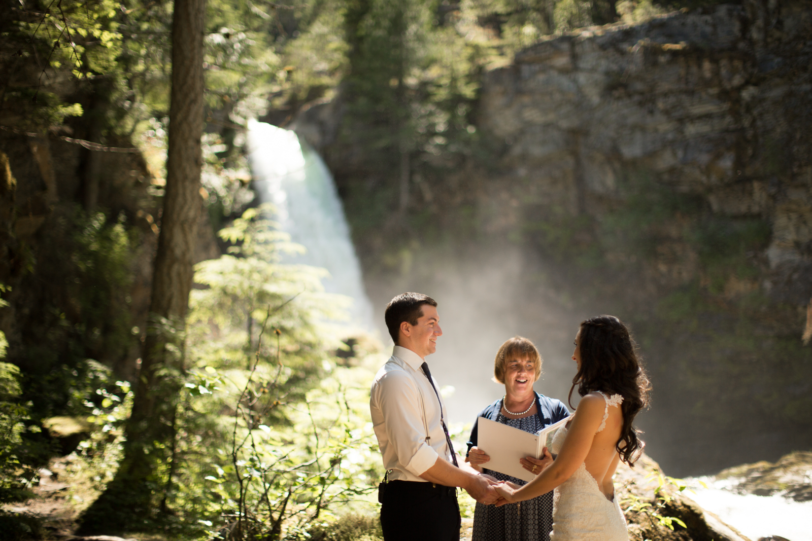 35Andrew_Pavlidis_Photography_Jess_and_Tristan_Revelstoke_Elopement_Calgary_Wedding_Photographer-8157