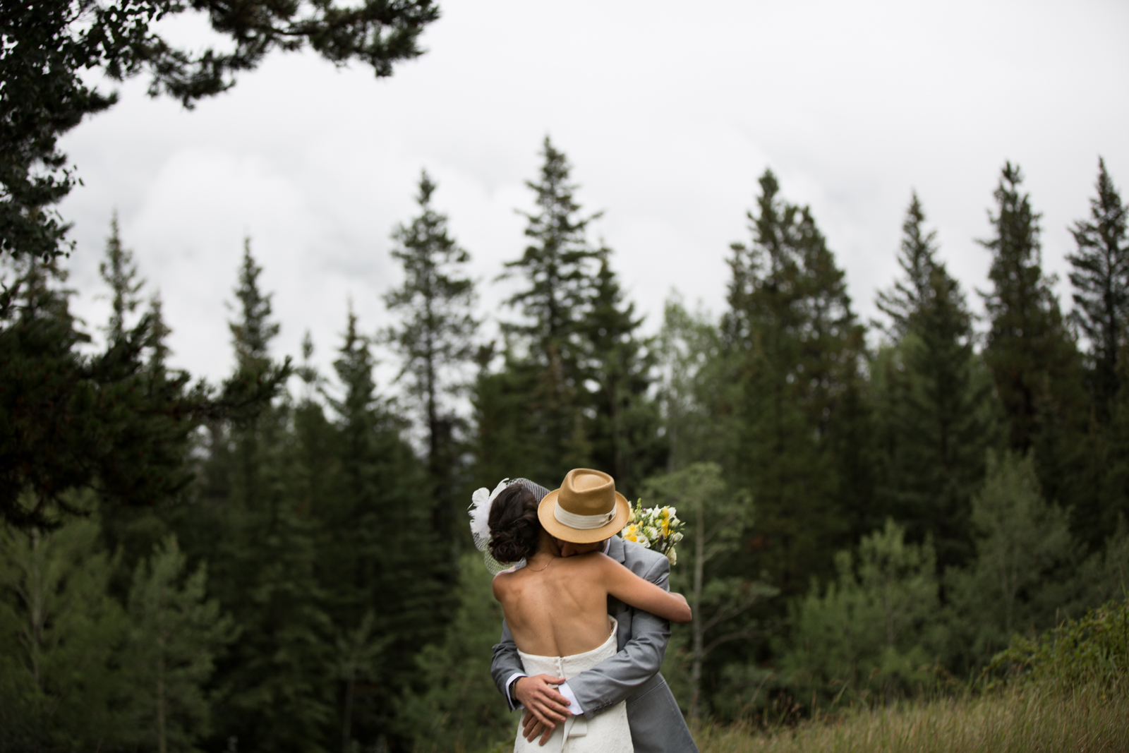 44Willow_and_wolf_Calgary_Wedding Photography-44-32Andrew_Pavlidis_Photography_Silene_and_Sacha_Canmore_Wedding-3039