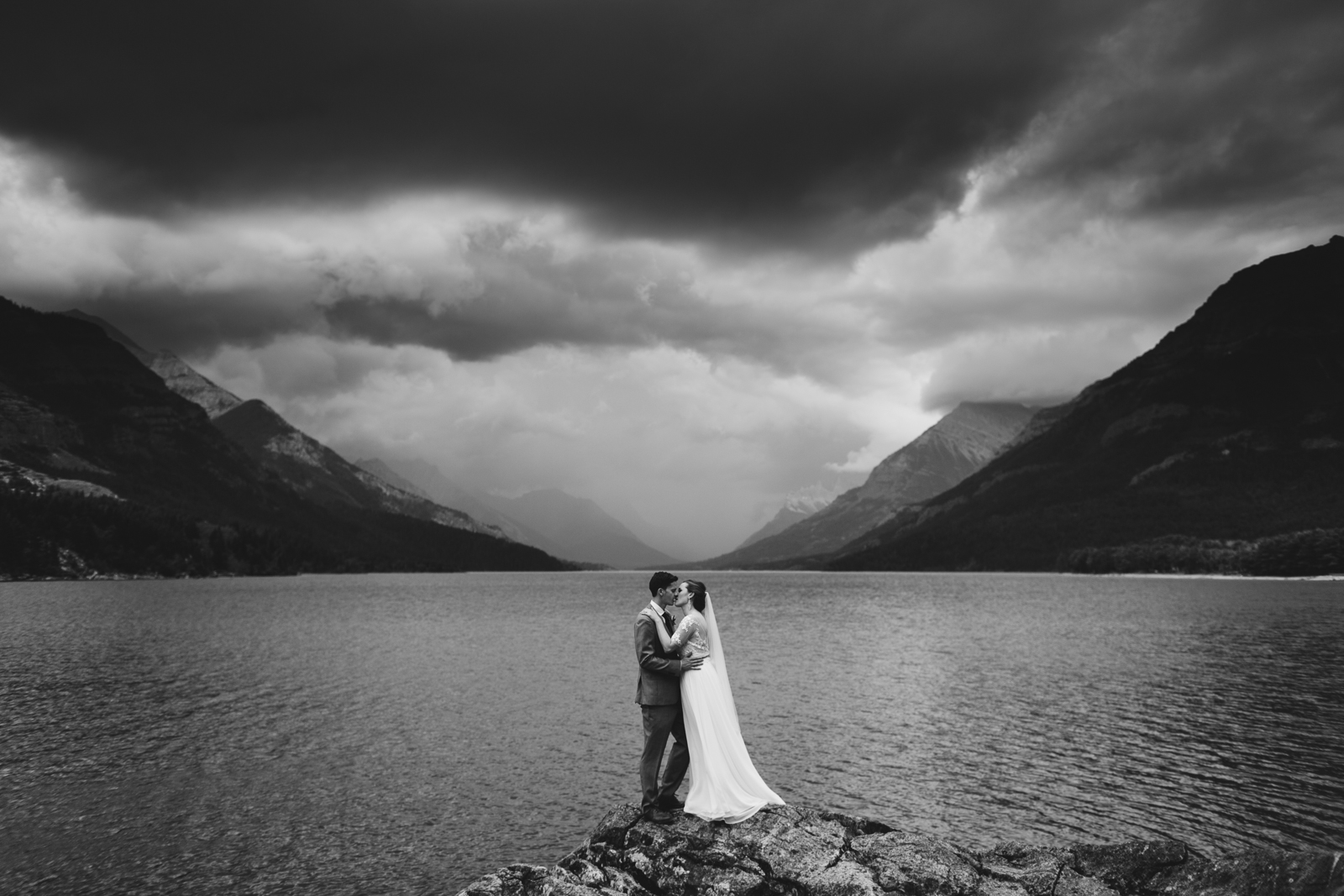 88Willow_and_Wolf_Photography_Katie_and_James_Waterton_Wedding_Blog217Willow_and_Wolf_Photography_Katie_and_James_Waterton_Wedding_Portraits_-ATP_5994