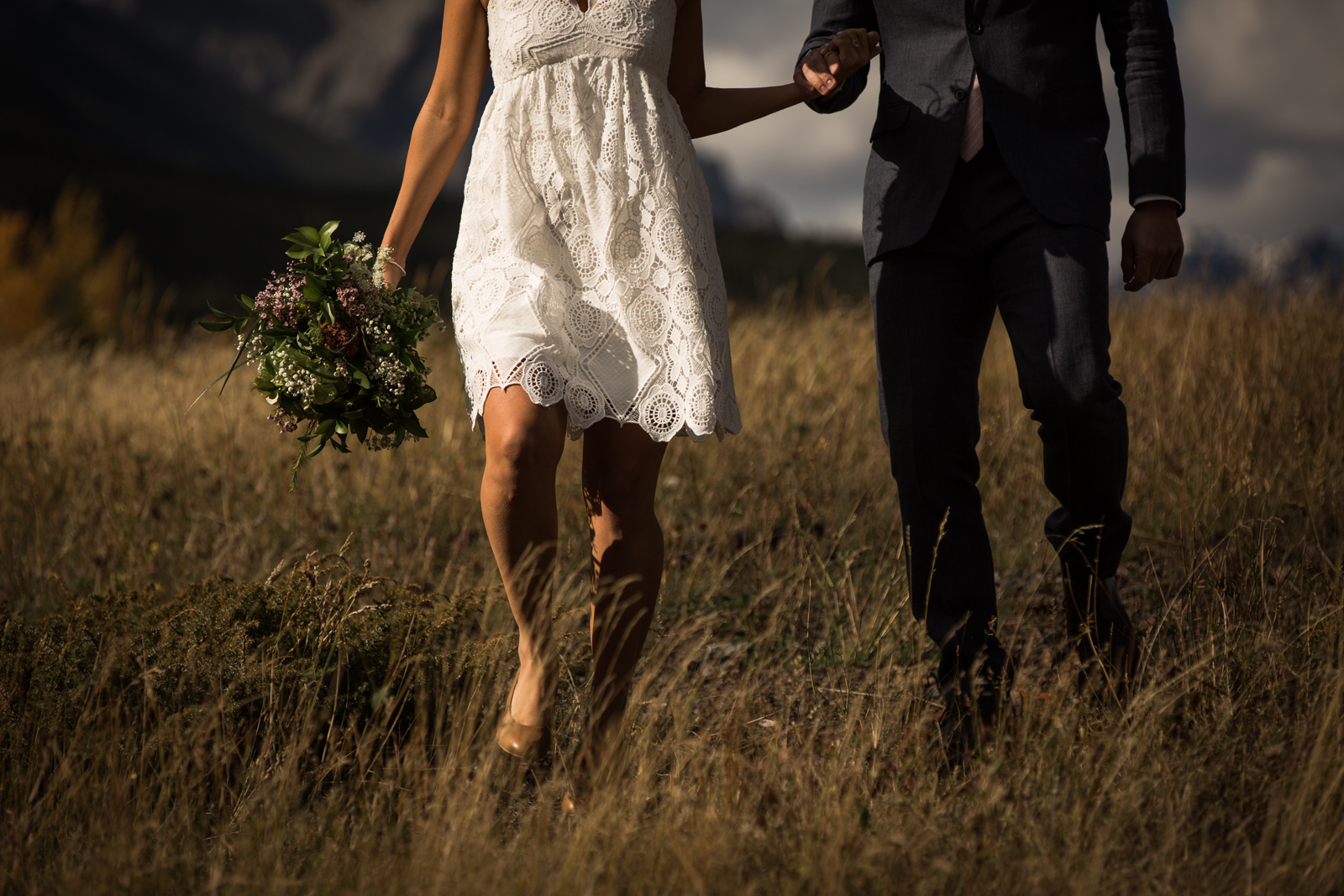 14-willow_and_wolf_photography_stef_and_pete_canmore_wedding_blog