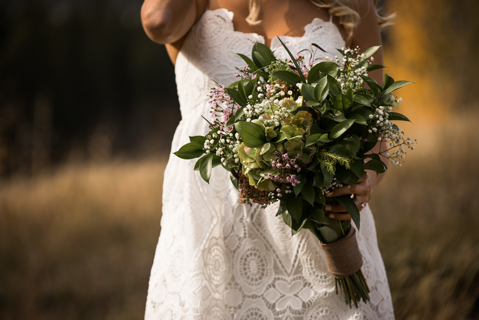 16-willow_and_wolf_photography_stef_and_pete_canmore_wedding_blog