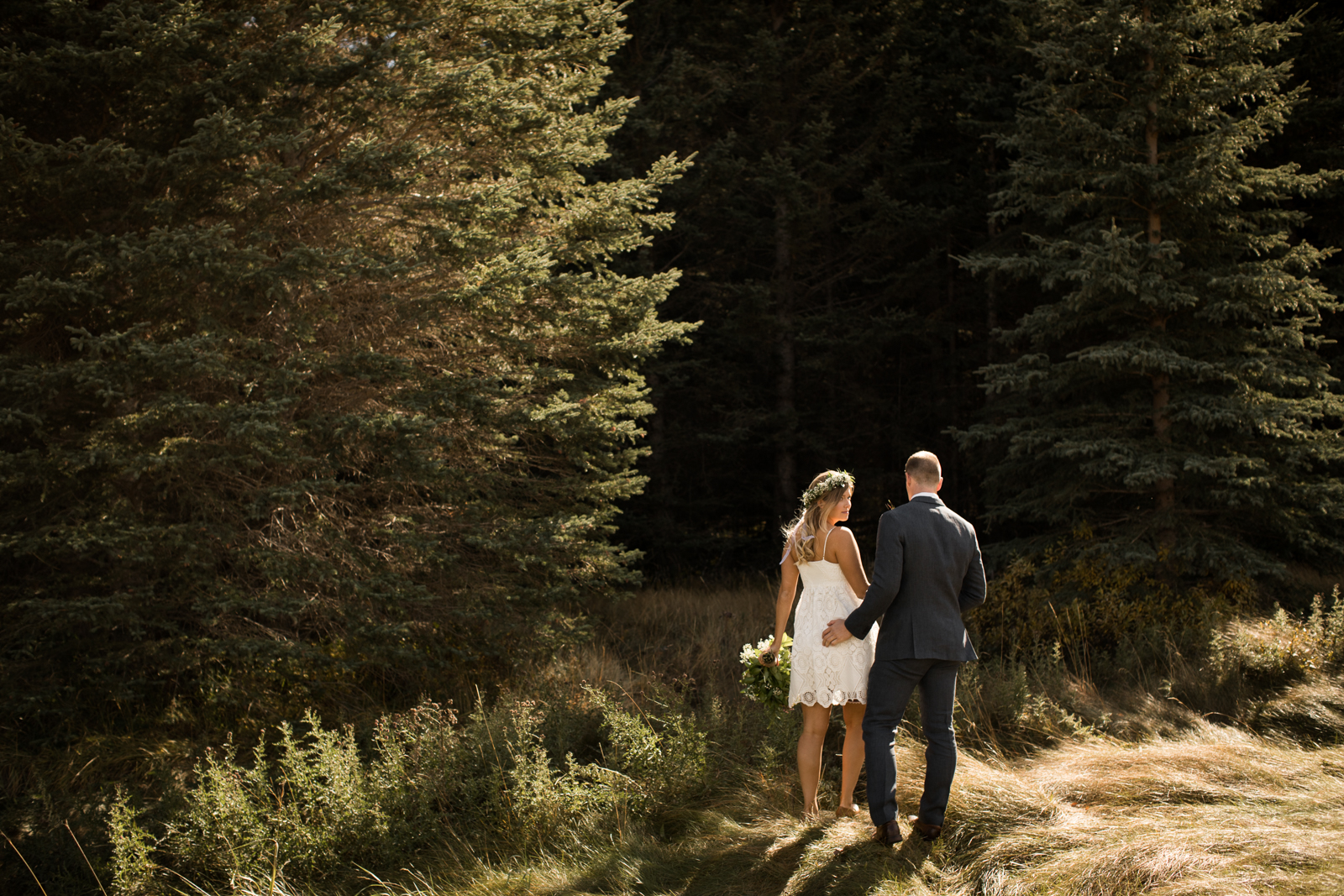 19-willow_and_wolf_photography_stef_and_pete_canmore_wedding_blog