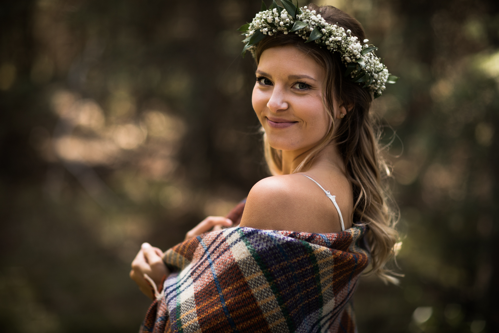 25-willow_and_wolf_photography_stef_and_pete_canmore_wedding_blog