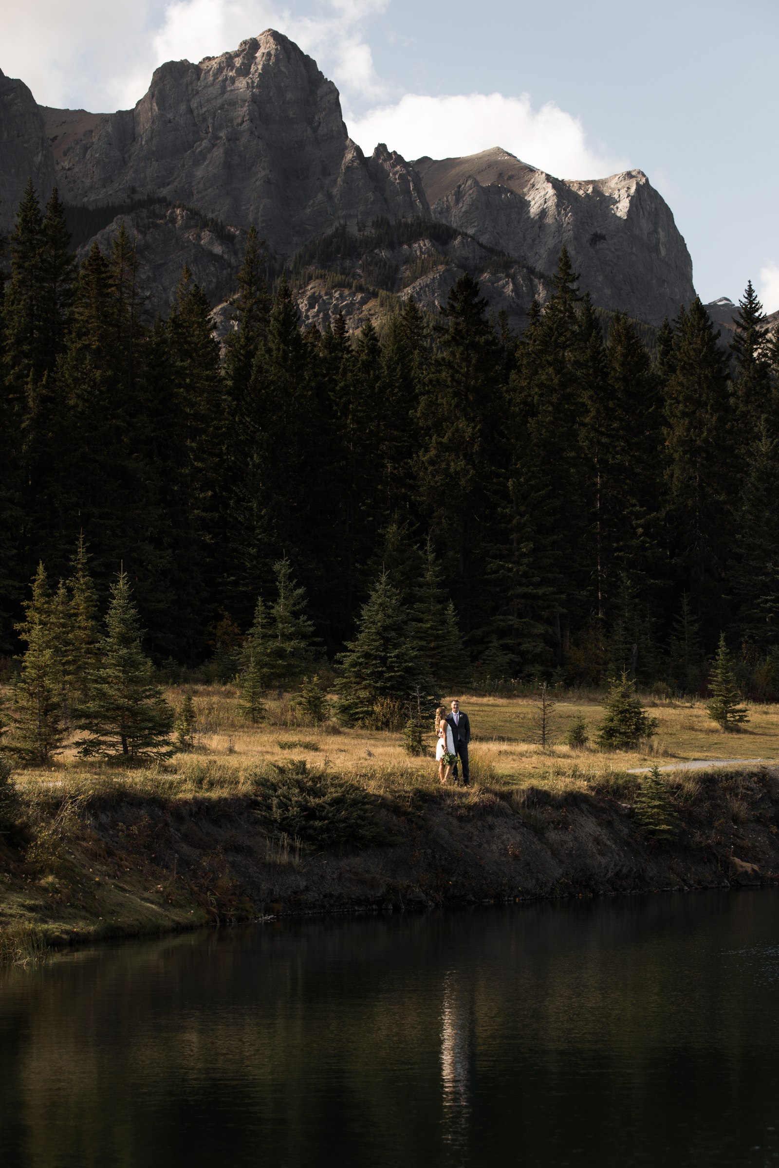 30-willow_and_wolf_photography_stef_and_pete_canmore_wedding_blog