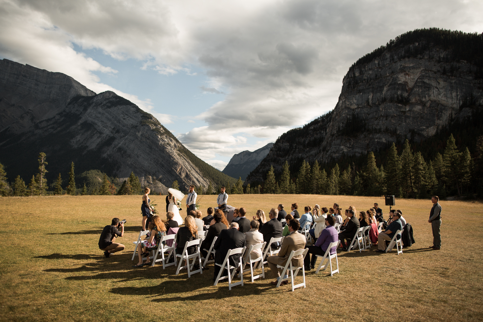 53-willow_and_wolf_photography_stephanie_and_kyle_banff_wedding_blogbec_8495
