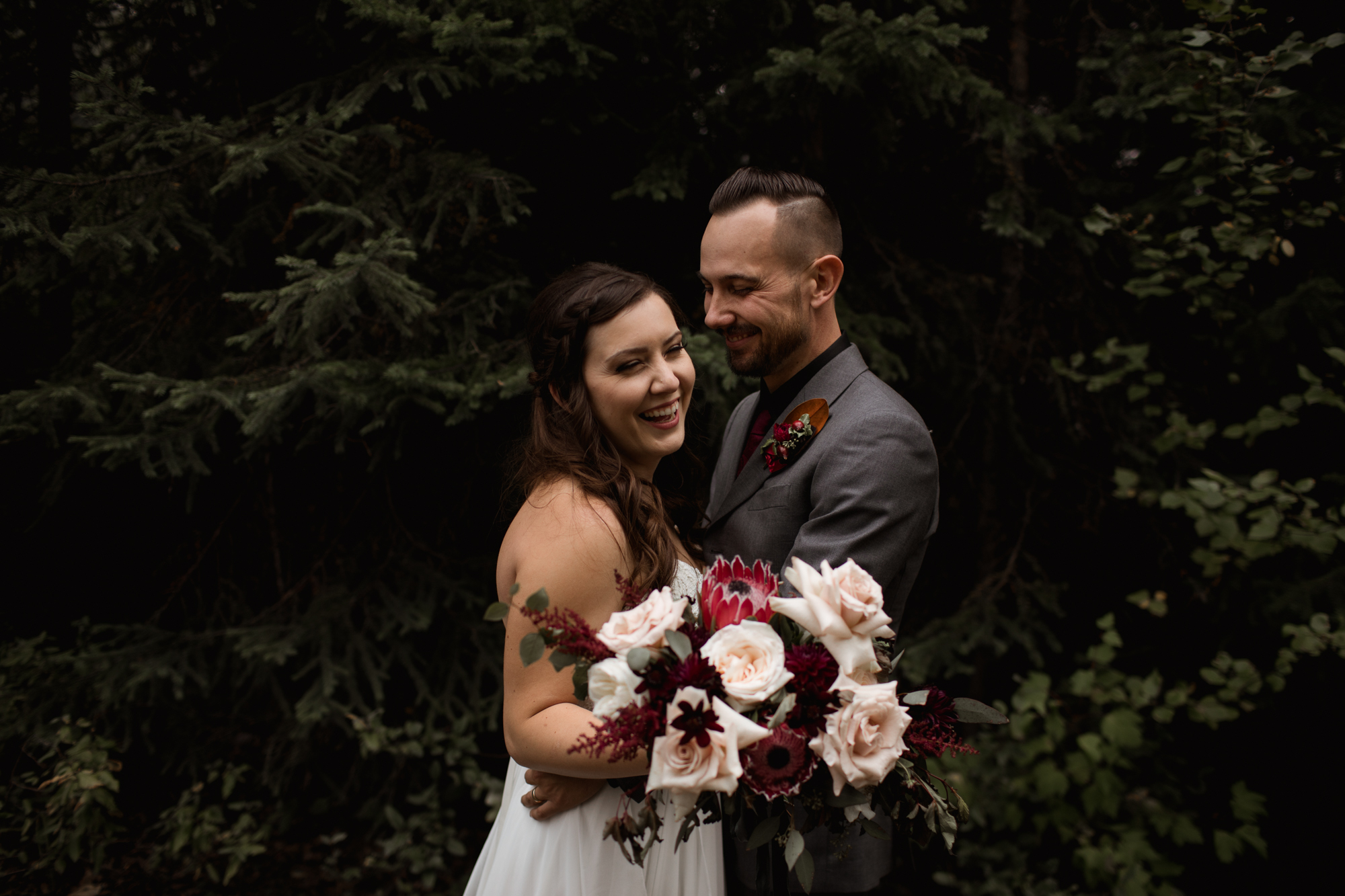 Golden BC Wedding Photographers - Willow and Wolf