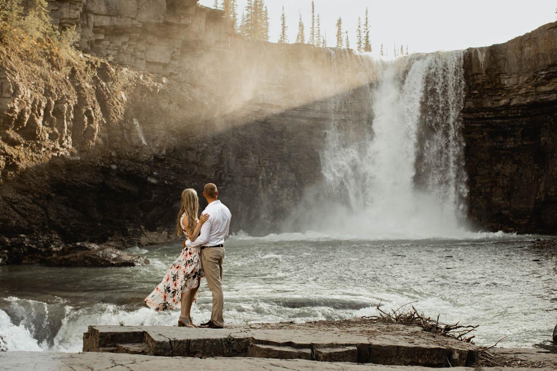 Abraham Lake Engagement Photography - crescent falls Engagement Photography