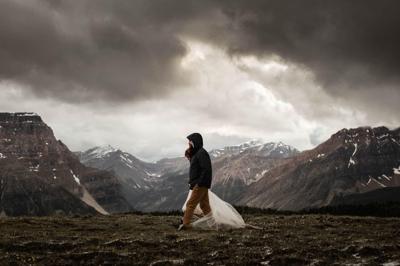 Mt Assiniboine Hiking