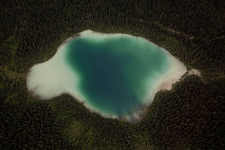 Mt Assiniboine Heli View