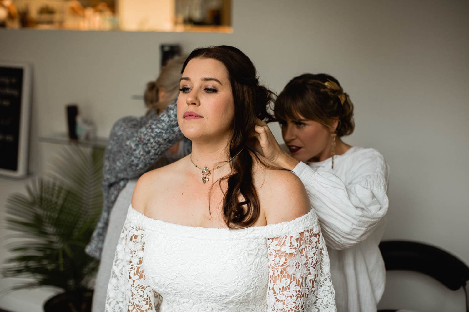 bride getting ready in Canmore