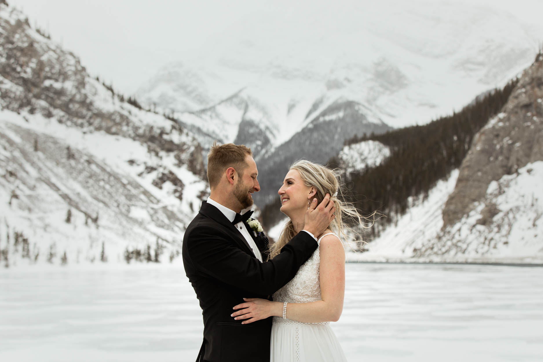 Canmore Winter Wedding Photographer