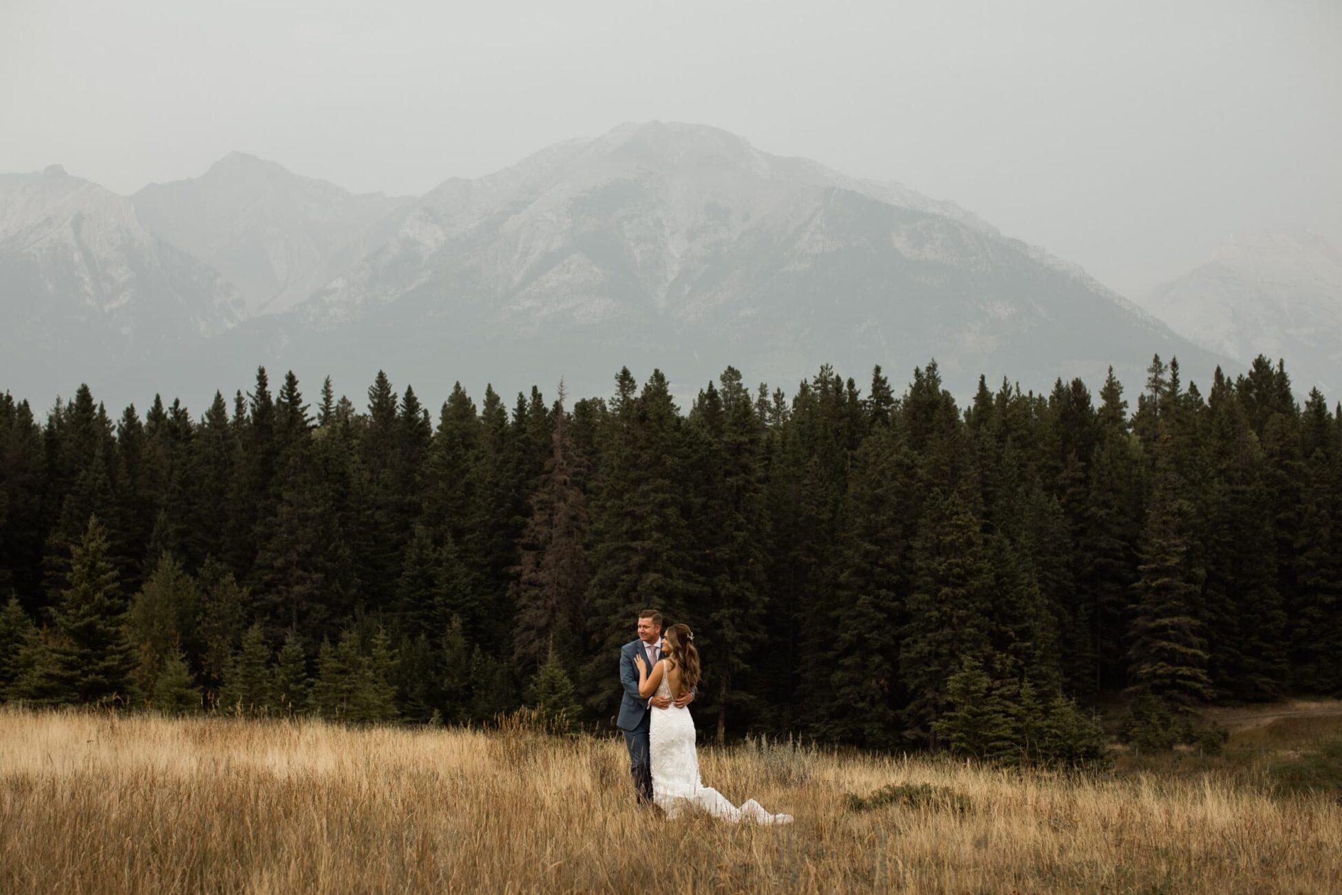 canmore wedding at Silvertip Resort