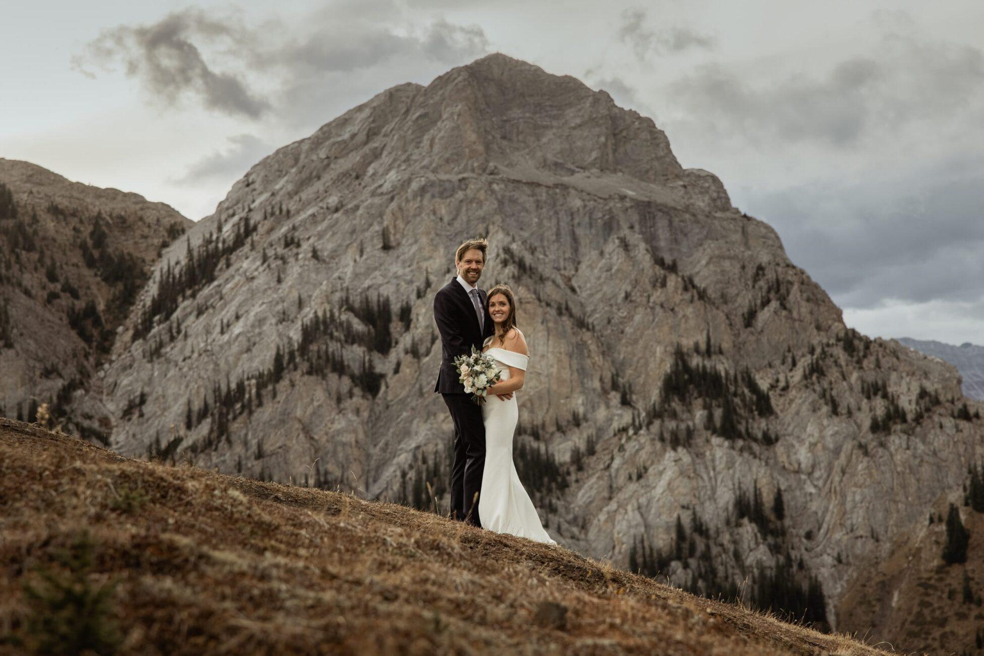 hiking wedding photos in kananaskis
