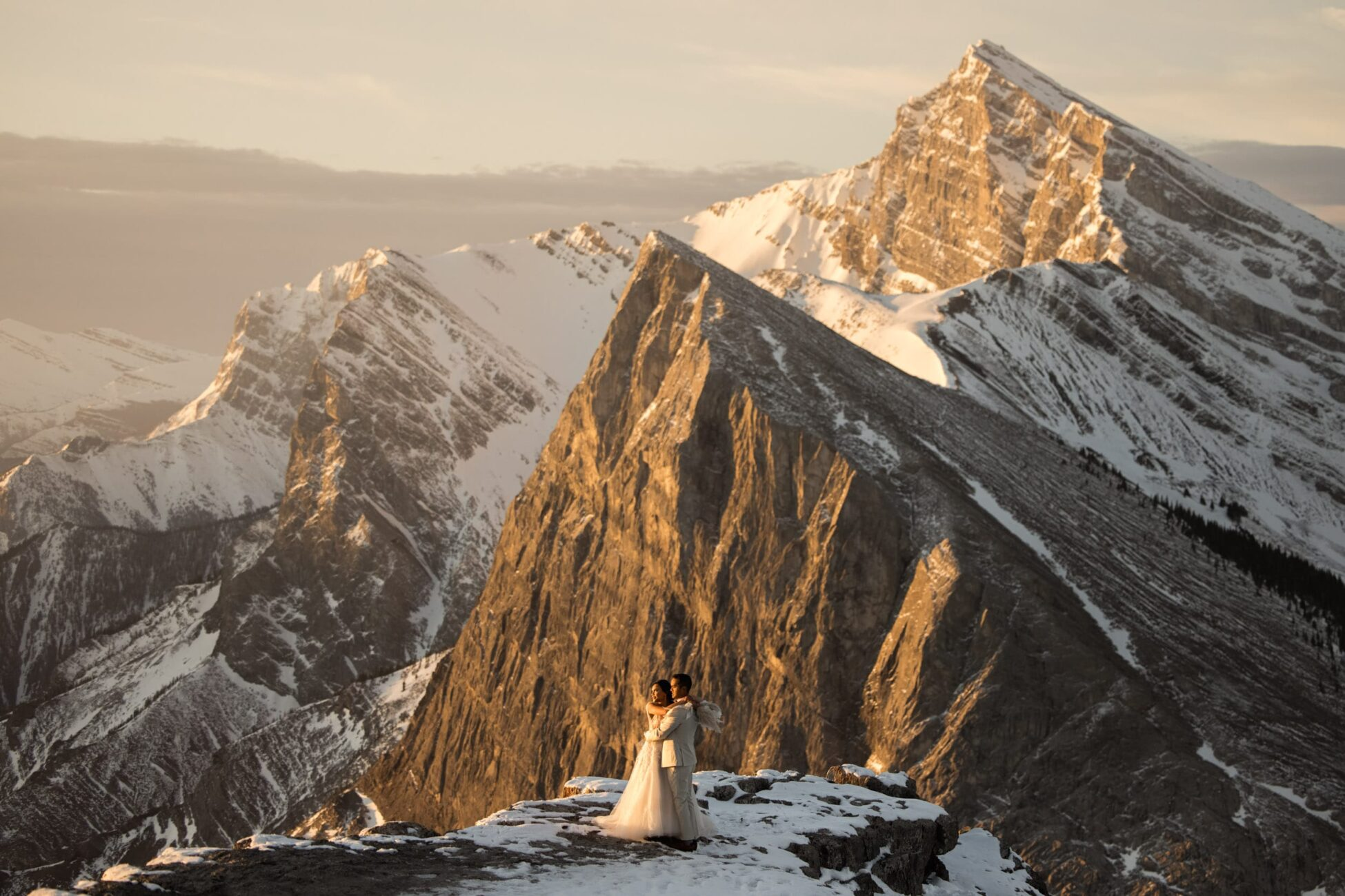 canmore sunrise hiking elopement