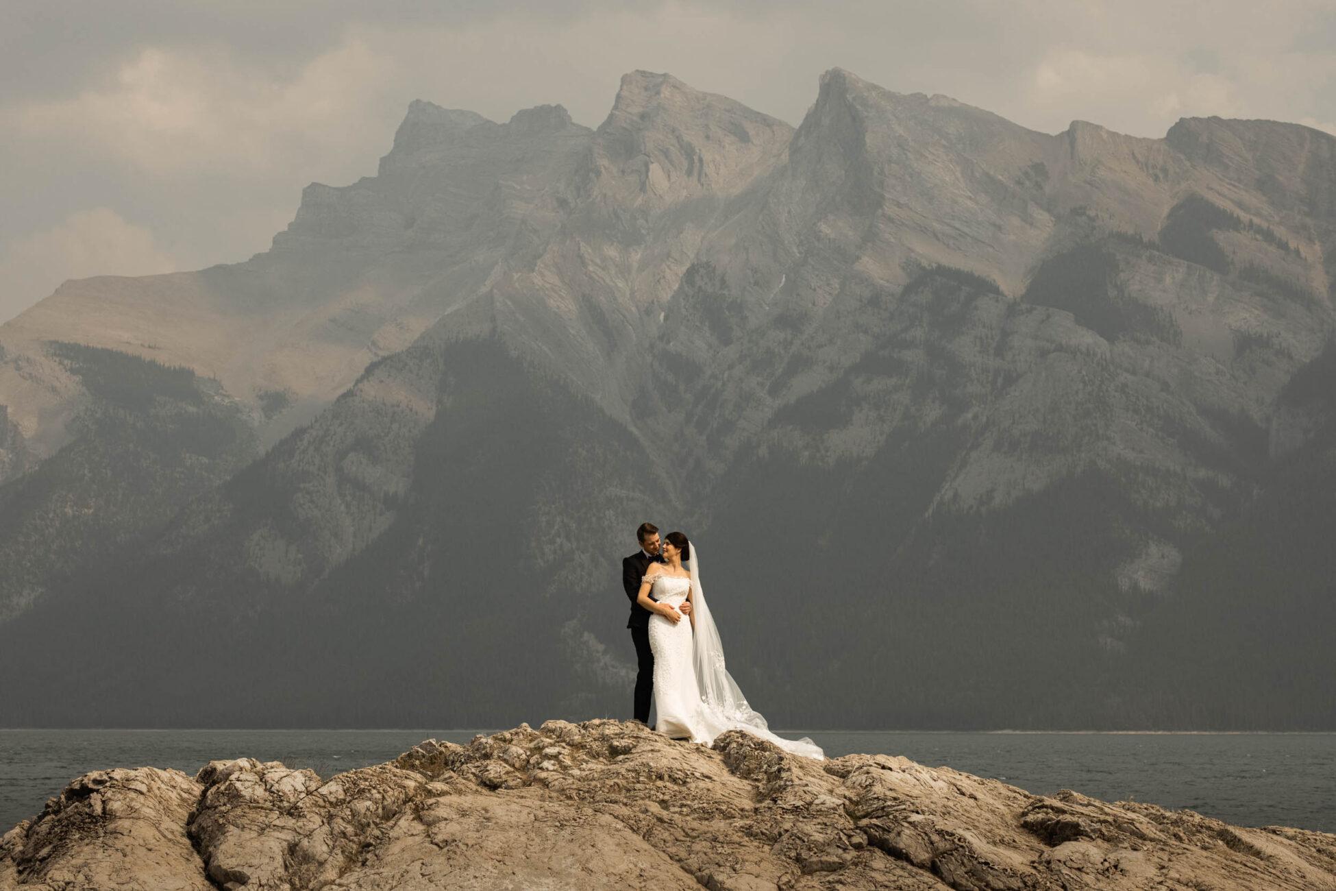 elegant wedding at the fairmont banff springs